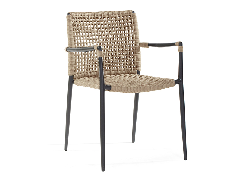 ryo dining chair